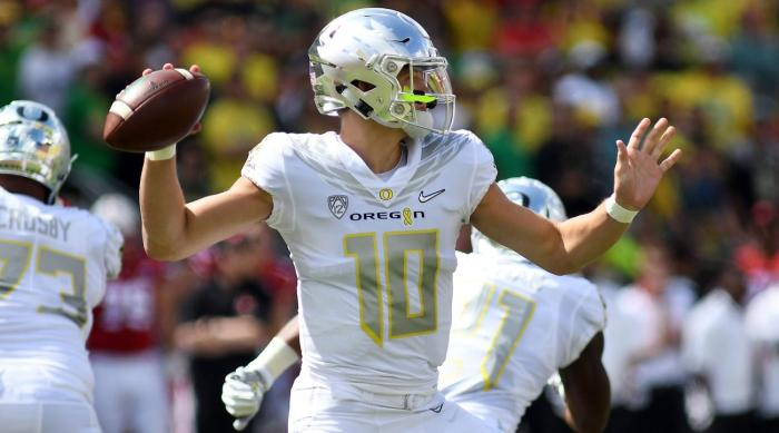 justin-herbert-oregon-ducks-recruiting-nebraska-